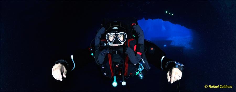Rebreather Cavern Diver