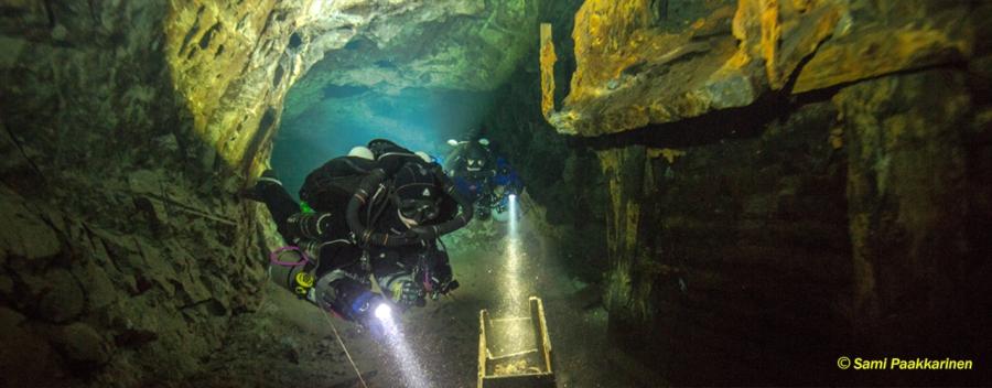 Rebreather Mine Diver